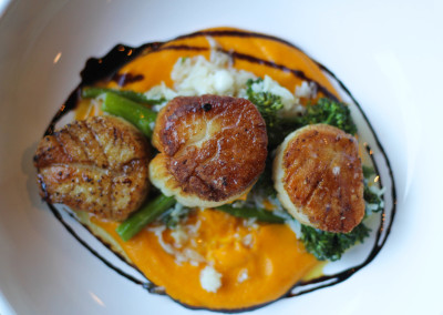 Scallops at Flatiron in Davidson